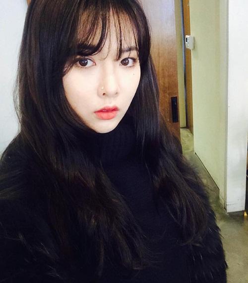sao-han-28-1-seo-hyun-lo-toc-kho-xo-hyun-ah-lai-xinh-khi-ma-het-sung-2