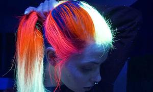 Màu tóc dạ quang - mốt lạ cho nàng chịu chơi