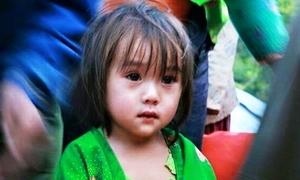 Sự thật bức ảnh bé gái vùng cao có đôi mắt đẹp ướt lệ