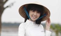 ngoc-trinh-nghen-ngao-chi-muon-ve-que-lay-chong-sinh-con-4