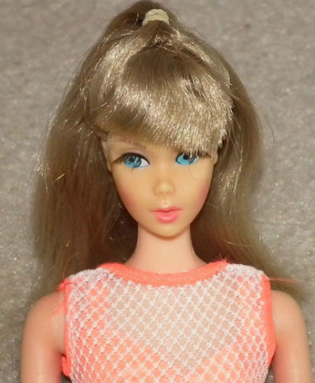 hanh-trinh-50-nam-len-doi-nhan-sac-cua-bup-be-barbie-3