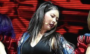 Hyun Ah lộ da lấm tấm mụn, bị chê béo không nhận ra