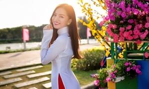 Hot girl Hạ Anh: 'Mình hiền nên khó tạo scandal lắm'
