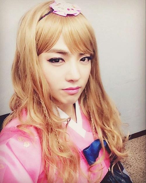 sao-han-9-2-si-won-nhan-nho-khi-bi-om-hon-jong-hyun-gap-nho-dau-nam-5