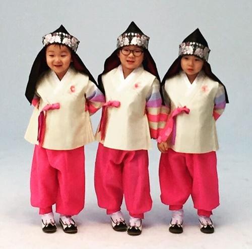 sao-han-9-2-si-won-nhan-nho-khi-bi-om-hon-jong-hyun-gap-nho-dau-nam-7