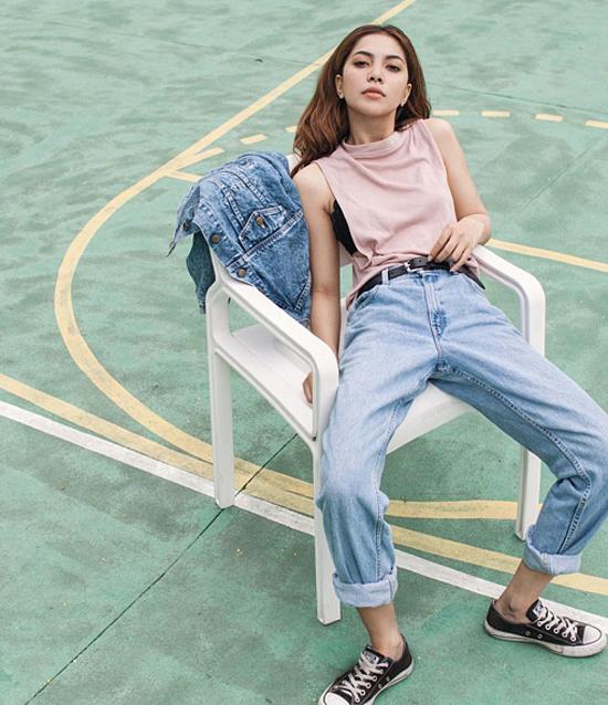 gioi-tre-sot-mot-quan-jeans-dang-xau-cung-mac-dep-9
