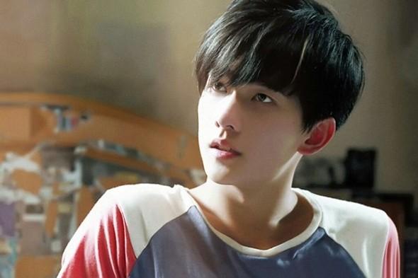 8-my-nam-trung-quoc-co-goc-nhin-nghieng-hut-hon-fan-nu-3