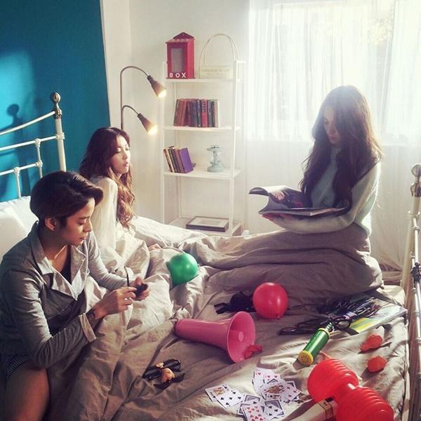 sao-han-13-2-bora-dung-xi-tai-voi-hyo-yeon-soo-young-ngot-ngao-don-valentine-2