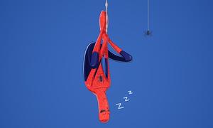 Dáng ngủ khó lẫn của các siêu anh hùng