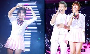 'Nữ sinh' Hari Won nhí nhảnh với váy siêu ngắn