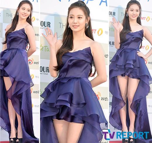 irene-lo-chan-ngan-seol-hyun-yura-dien-vay-ho-giua-troi-lanh-5