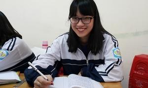 Nữ sinh Nghệ An 'bắn' 7 thứ tiếng: 'Mình quay clip chỉ để giải trí'