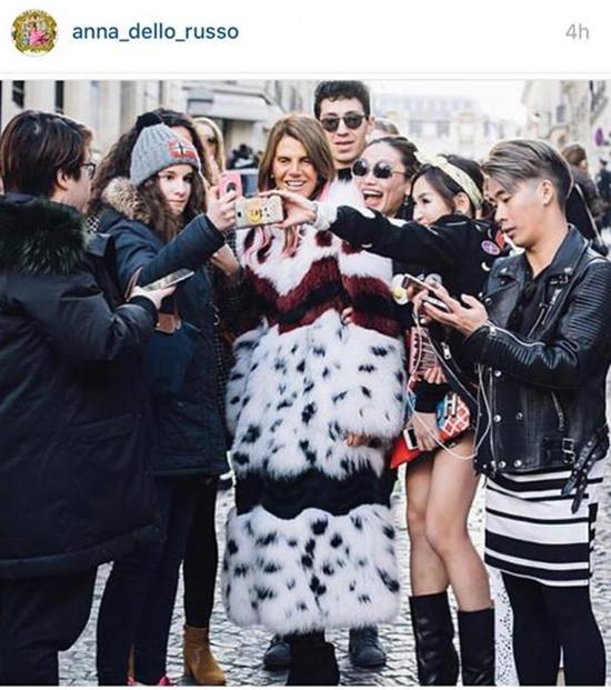 stylist-viet-mang-80kg-quan-ao-du-paris-fashion-week-3