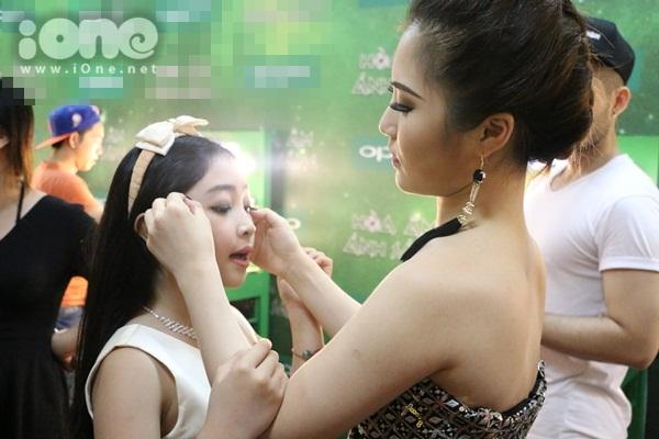 hau-truong-the-remix-maya-xam-chi-chit-huong-tram-tao-dang-banh-beo-11