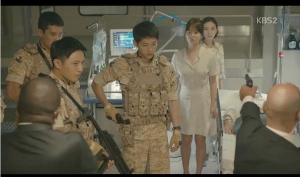 fan-lung-mua-vay-400k-giong-song-hye-kyo-trong-hau-due-mat-troi-1