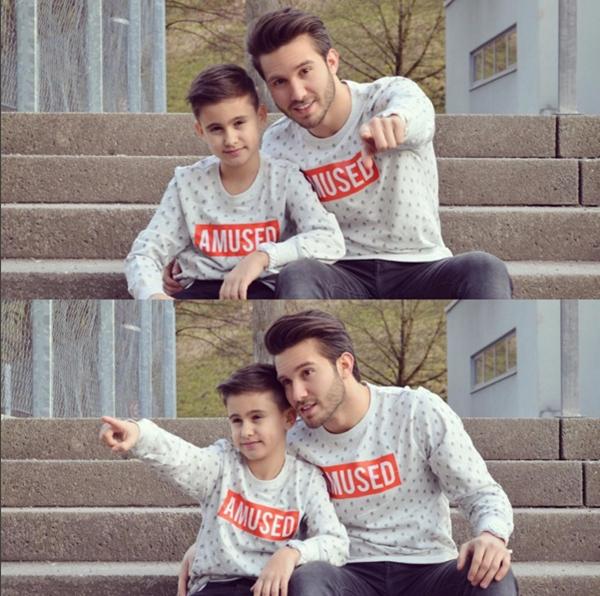 Ahmet và em trai cũng cùng nhau thực hiện những bộ ảnh thời trang.