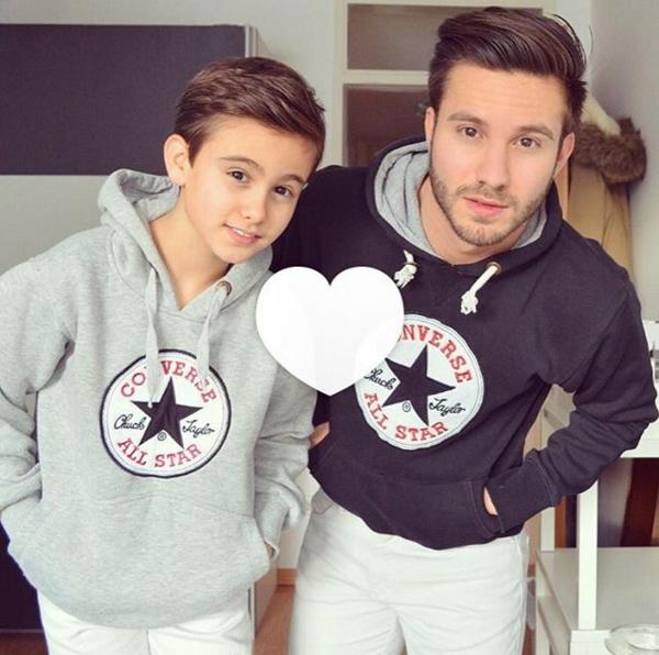 Những hình ảnh về Ahmet Kaplan và người em trai