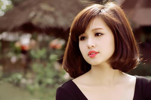 4-hot-girl-viet-co-tuoi-tho-thieu-thon-tinh-cam