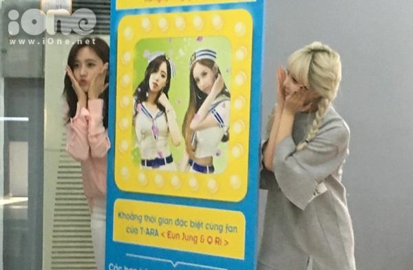 fan-bam-duoi-suot-3-tieng-ho-het-khong-ngung-khi-gap-t-ara-1