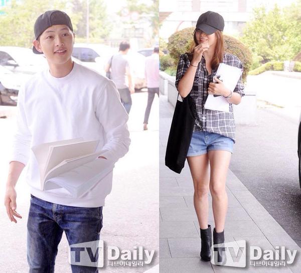song-hye-kyo-song-joong-ki-bi-phat-hien-mac-chung-do-5