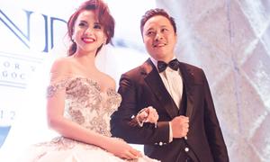 Ngọc Diệp thay 3 váy trong dạ tiệc cưới đẹp như mơ với Victor Vũ