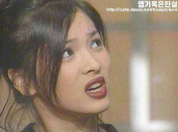 nhung-kieu-lam-dep-thanh-mot-nho-phim-cua-song-hye-kyo