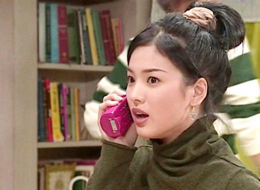 nhung-kieu-lam-dep-thanh-mot-nho-phim-cua-song-hye-kyo-1