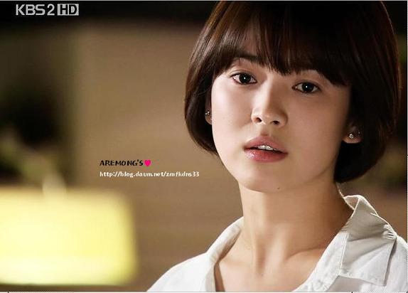 nhung-kieu-lam-dep-thanh-mot-nho-phim-cua-song-hye-kyo-8