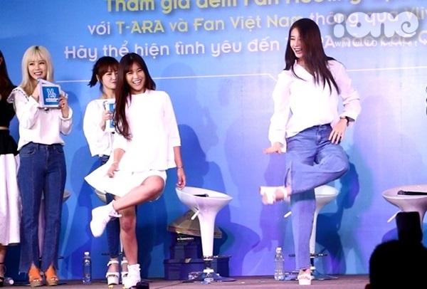 hop-fan-t-ara-hoang-yen-chibi-nhay-roly-poly-cungji-yeon-6