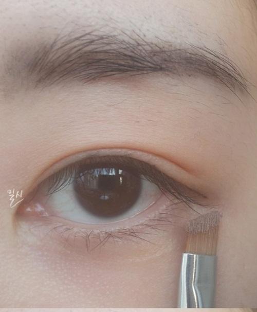 make-up-mat-nhe-nhu-khong-giong-song-hye-kyo-5