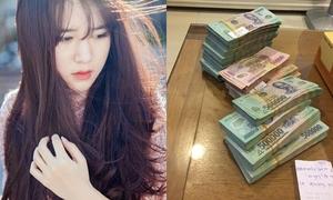 Sao, hot teen Việt tặng quà 'khủng' cho người thân bằng tiền tự kiếm