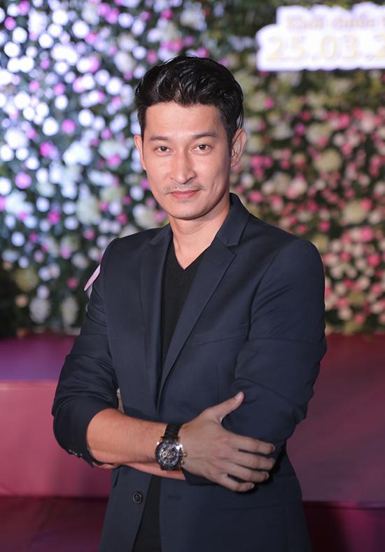 """Huy Khánh chia sẻ: """"Trong đoàn phim, tôi là người hay Khoa nhất. Nhưng nếu tôi không la trước thì khán giả cũng sẽ la em ấy""""."""