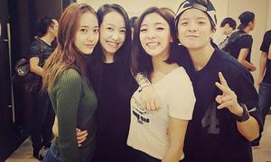 4 nhóm nhạc nữ Hàn sở hữu lượng fan hùng hậu nhất
