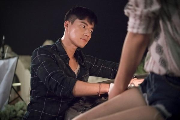 Nam diễn viên Cho Tae Kwan, sinh năm 1986, tên gọi khác là Jasper Cho, đảm   nhận vai chàng bác sĩ Daniel Spencer tài giỏi, đẹp trai, cao ráo, tốt bụng, có xuất   thân giàu có và vui tính.