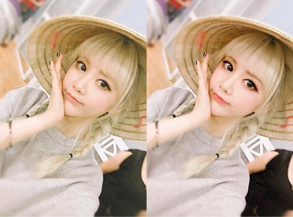 sao-han-29-3-hyun-ah-hyo-min-do-sexy-aoa-ngu-guc-tren-may-bay-2-7
