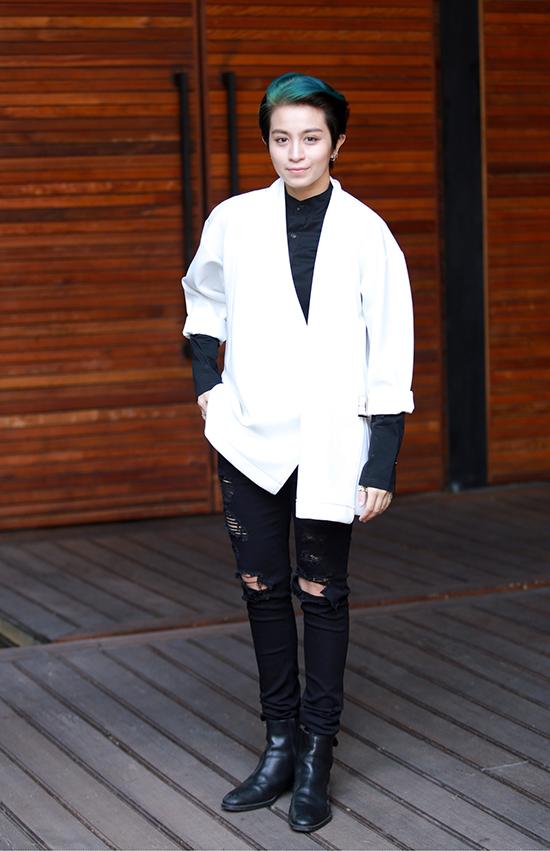 Chiều 30/3, Gil Lê xuất hiện tại buổi họp báo ra mắt cuộc thi tìm kiếm tài năng âm nhạc X- Factor mùa thứ hai.