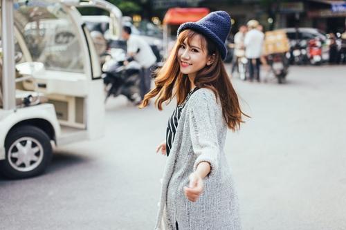Là một hot girl xinh đẹp, có gu thời trang khá chất nhưng nhắc đến chuyện tình cảm, Linh Kẹo vẫn tự thú mình còn kiếp FA.
