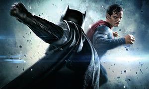 Lý do Superman có thể lấy mạng Batman trong 'một nốt nhạc'