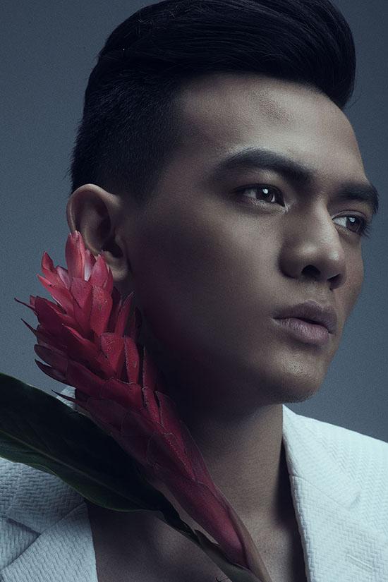 Ảnh: Milor Trần Trang phục và Giám đốc sáng tạo: Đỗ Mạnh Cường Trang điểm: Quân Nguyễn Làm tóc: Pu Lê