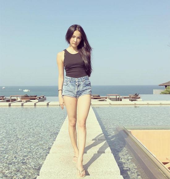 katun-tinh-yeu-khong-co-loi-nguc-phang-li-chang-ngai-do-sexy-7