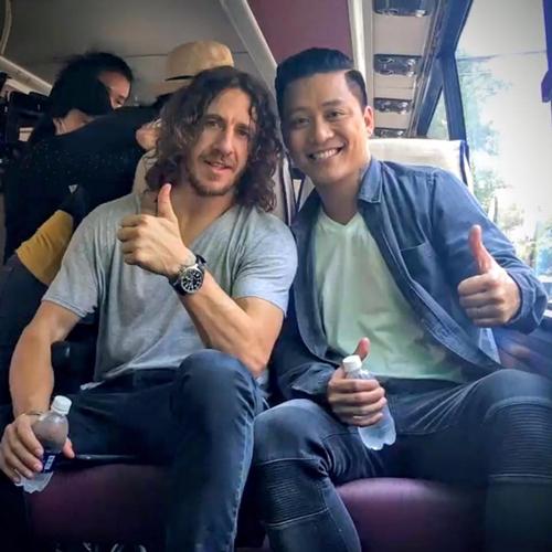 hot-teen-viet-dua-nhau-selfie-cung-2-huyen-thoai-bong-da-6