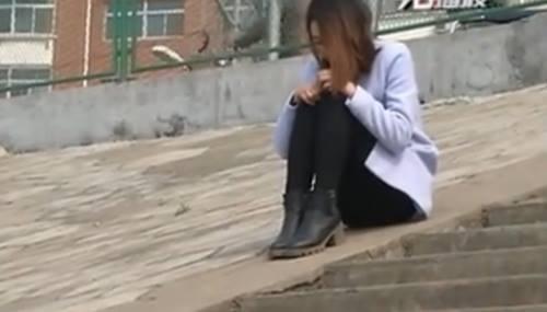 Bị người tình 69 tuổi chia tay cô gái hơn 20 tuổi quyết định nhảy sông tự tử.
