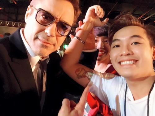 bst-anh-selfie-voi-hang-loat-sao-ngoai-cua-pho-dac-biet-1
