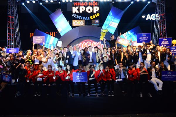fan-viet-quy-tung-bung-dem-nhac-hoi-kpop-2016-5