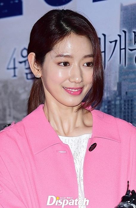 kim-yoo-jung-park-shin-hye-mat-cang-bong-o-su-kien-2