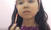 co-nhoc-10-tuoi-huong-dan-makeup-quyen-ru-di-tiec-toi