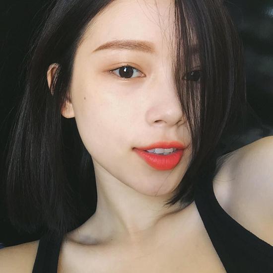 10-xi-ta-hot-girl-viet-co-lan-da-dep-khong-can-kem-nen-3