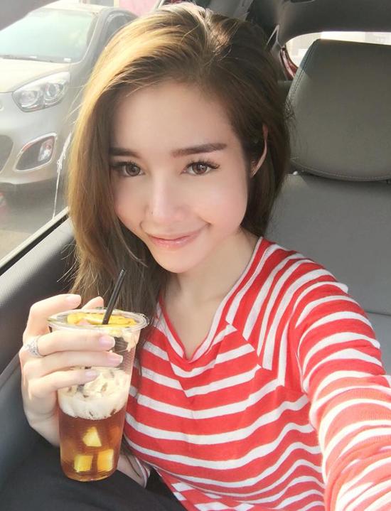 10-xi-ta-hot-girl-viet-co-lan-da-dep-khong-can-kem-nen-5