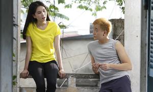 Đoạn phim Ngọc Trinh hát 'Tình thôi xót xa' bị cắt trong 'Vòng eo 56'
