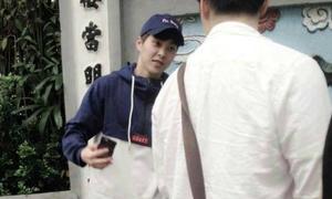 Xiu Min EXO bất ngờ đến Hà Nội du lịch
